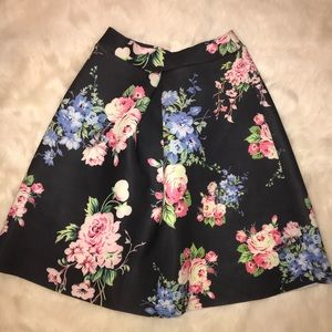 Windsor Floral Skirt (Juniors)